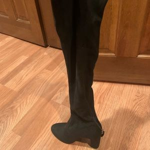 Black above the knee boots with heel
